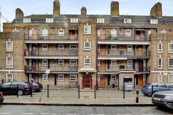 Property To Rent In London L2L184-100