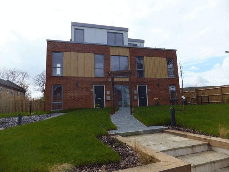 Property & Flats to rent with Choices (Caterham) L2L1854-292