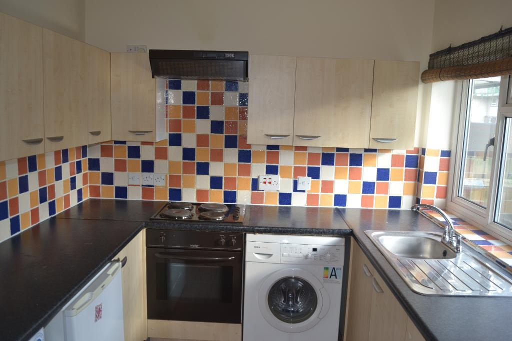 Property To Rent In London L2L186-516