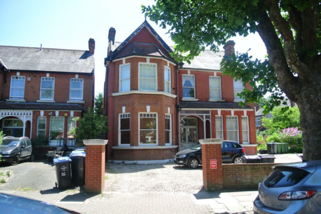 Property To Rent In London L2L200-644