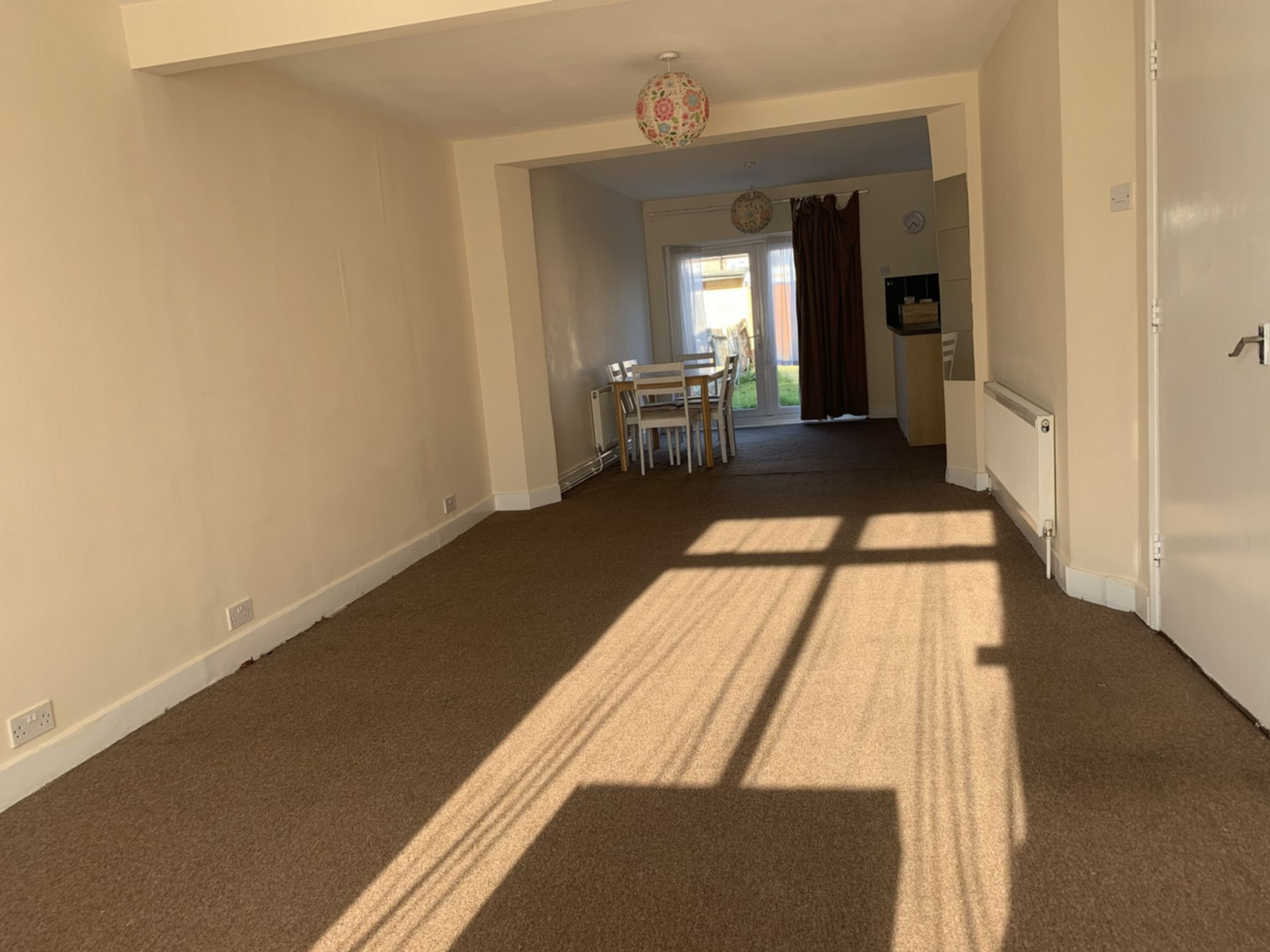House To Rent In Canons Park L2L200-722