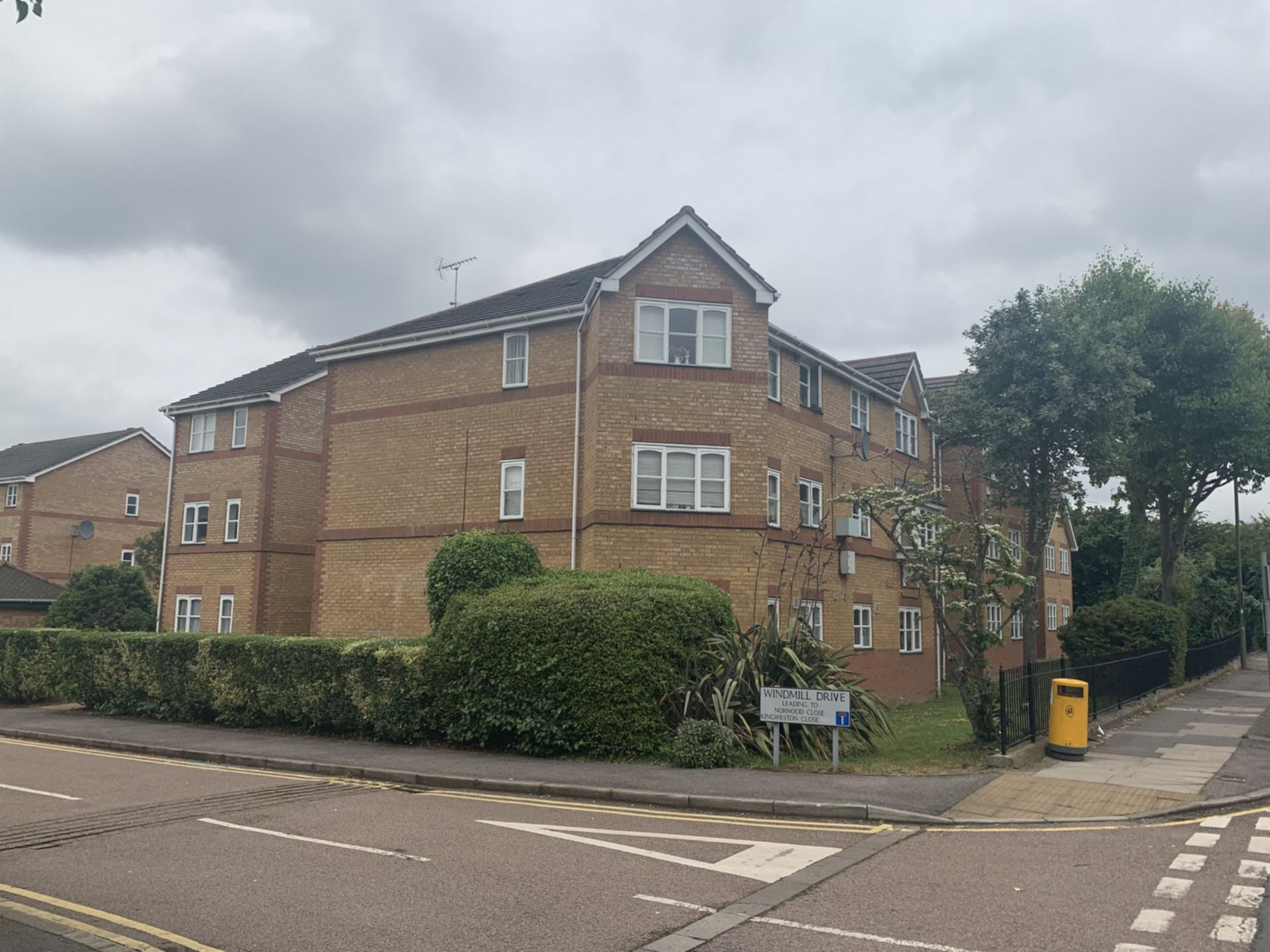 Property To Rent In London L2L200-755