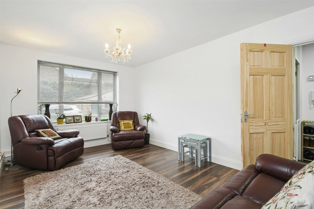 Flats And Apartments To Rent In London L2L206-100