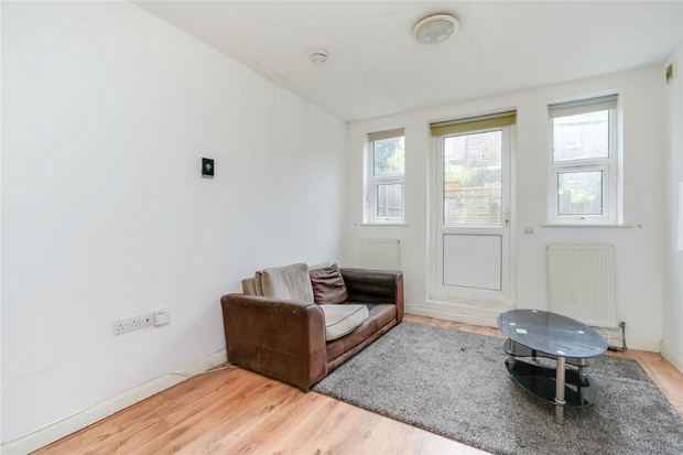 Flats And Apartments To Rent In London L2L206-595