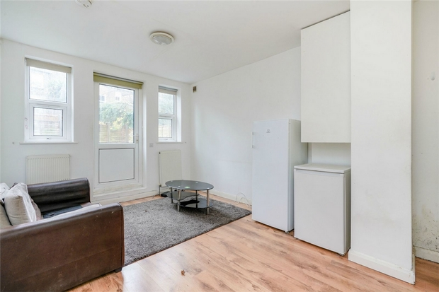Flats And Apartments To Rent In White City L2L206-595