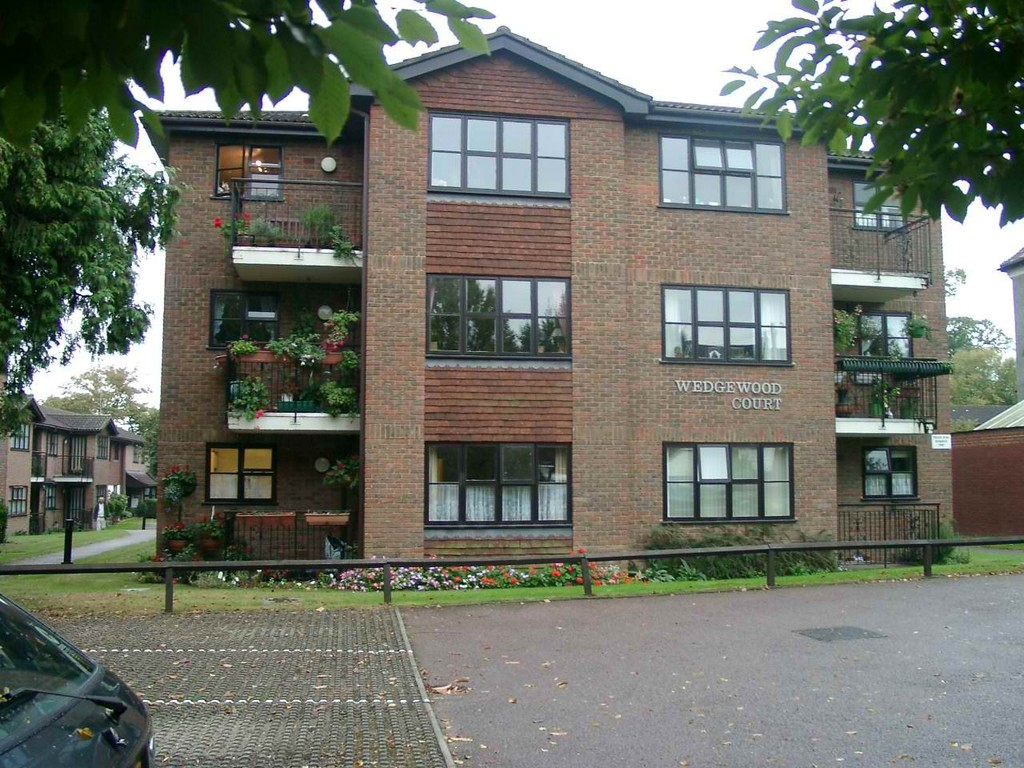 Property To Rent In London L2L2075-617