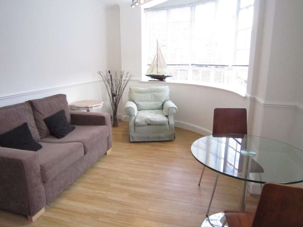 Property To Rent In London L2L2086-308