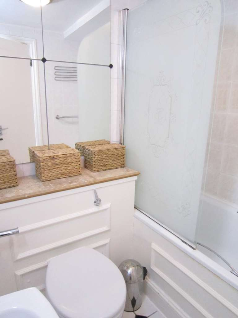 Flats And Apartments To Rent In Brompton L2L2086-308