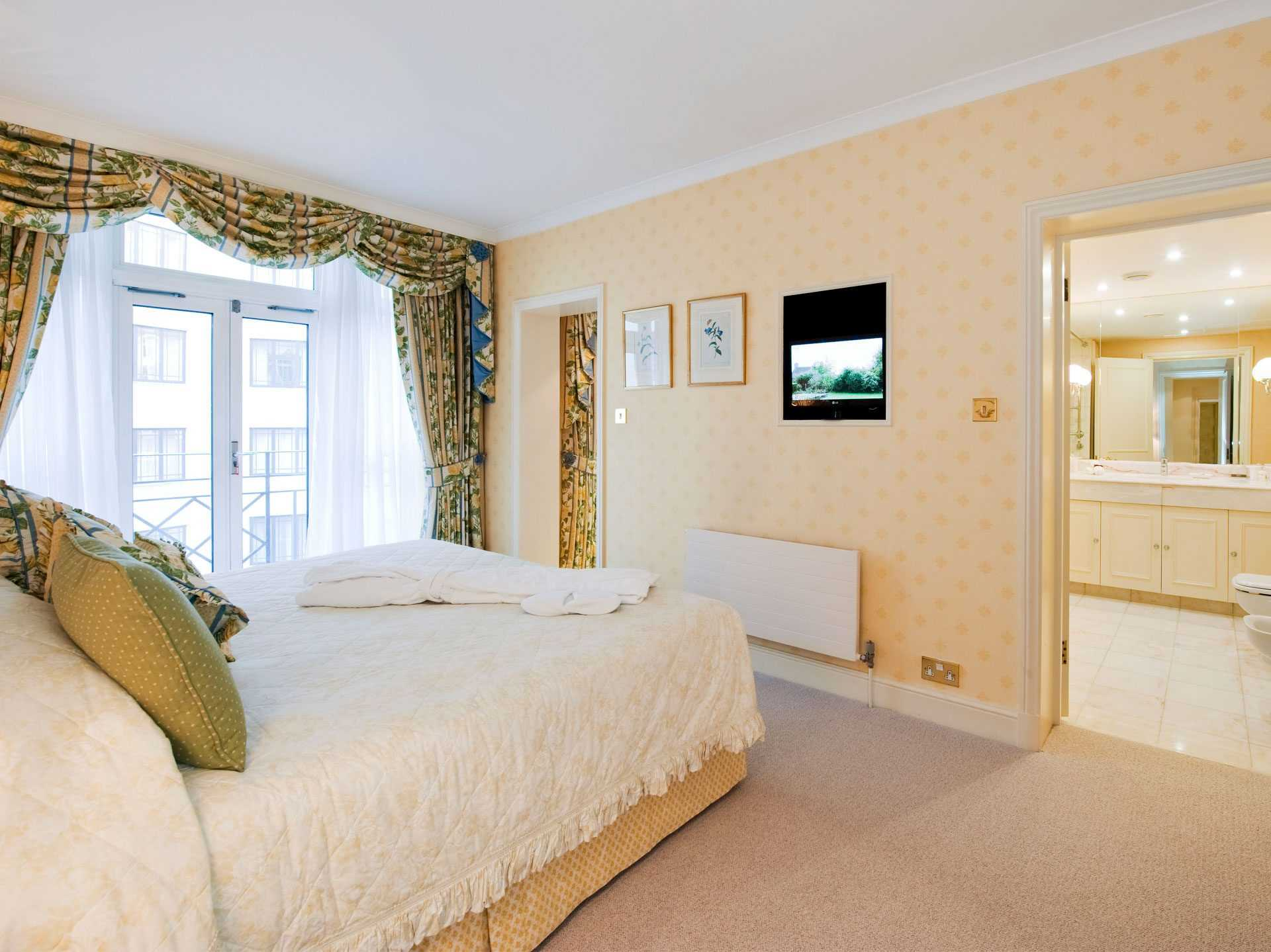 Flats And Apartments To Rent In London L2L2086-921