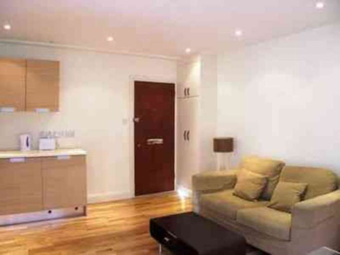 Flats And Apartments To Rent In London L2L2086-390