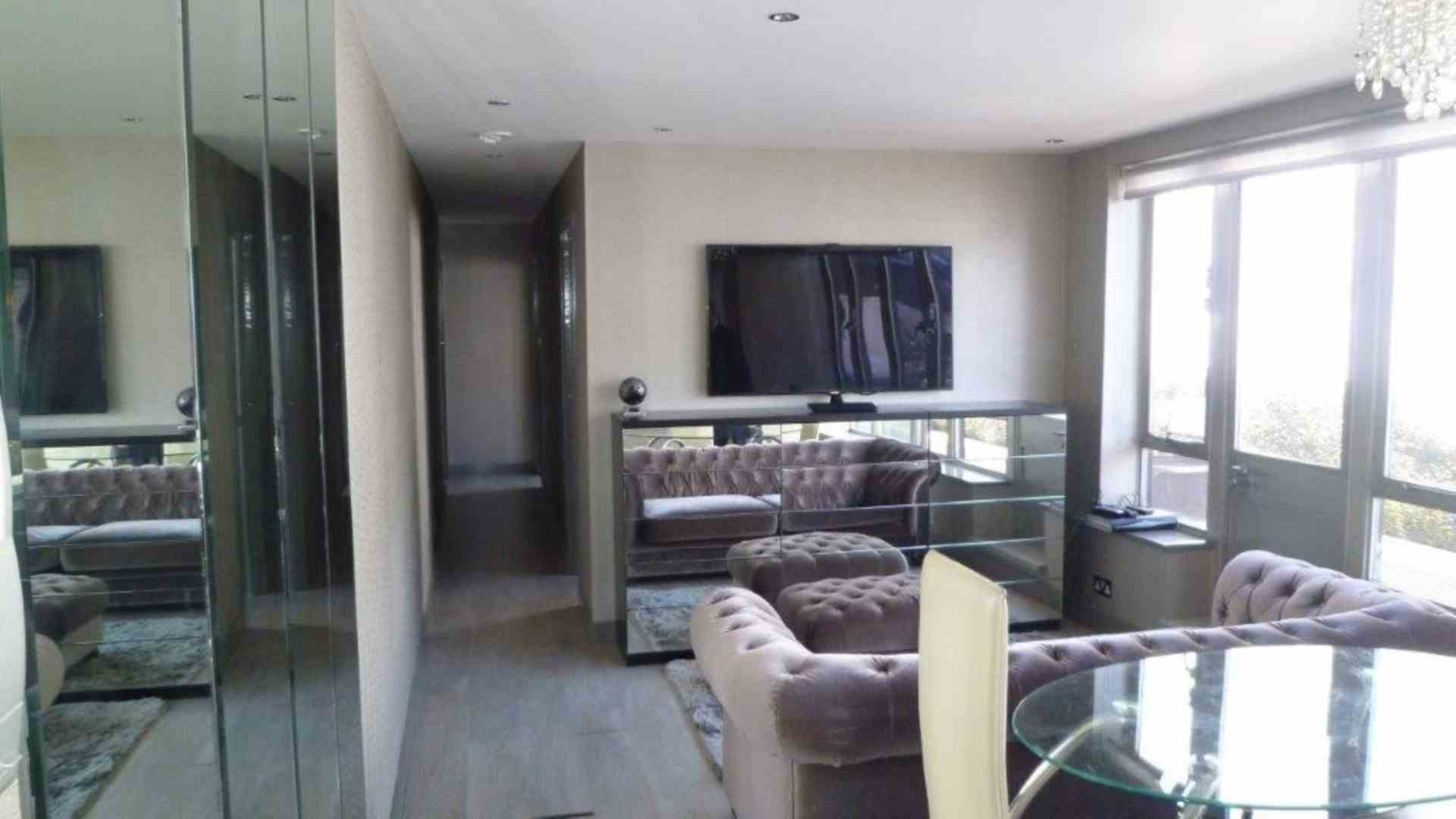 Flats And Apartments To Rent In London L2L2086-1061
