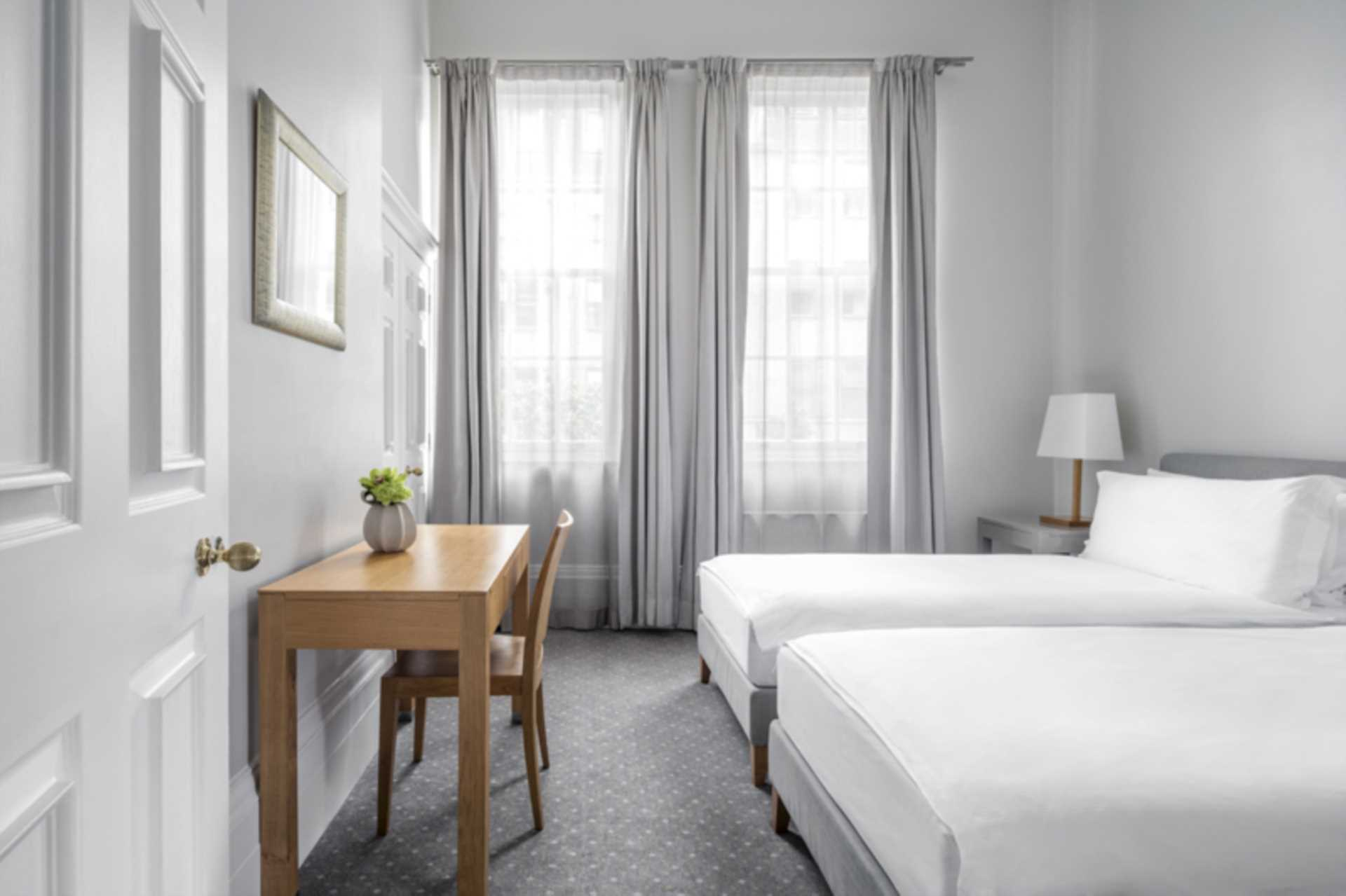 Flats And Apartments To Rent In London L2L2086-1290