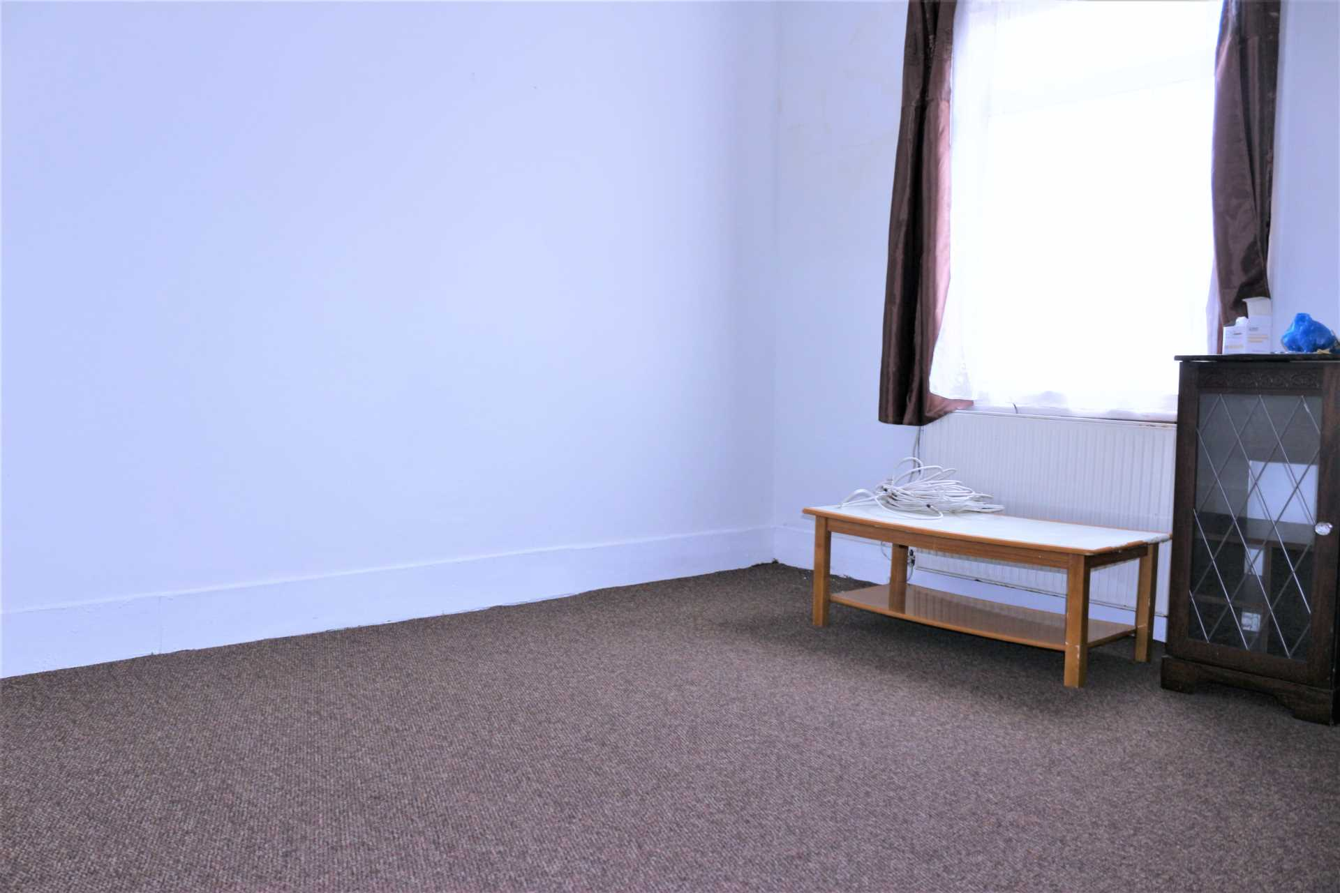 Flats And Apartments To Rent In East Ham L2L2162-319
