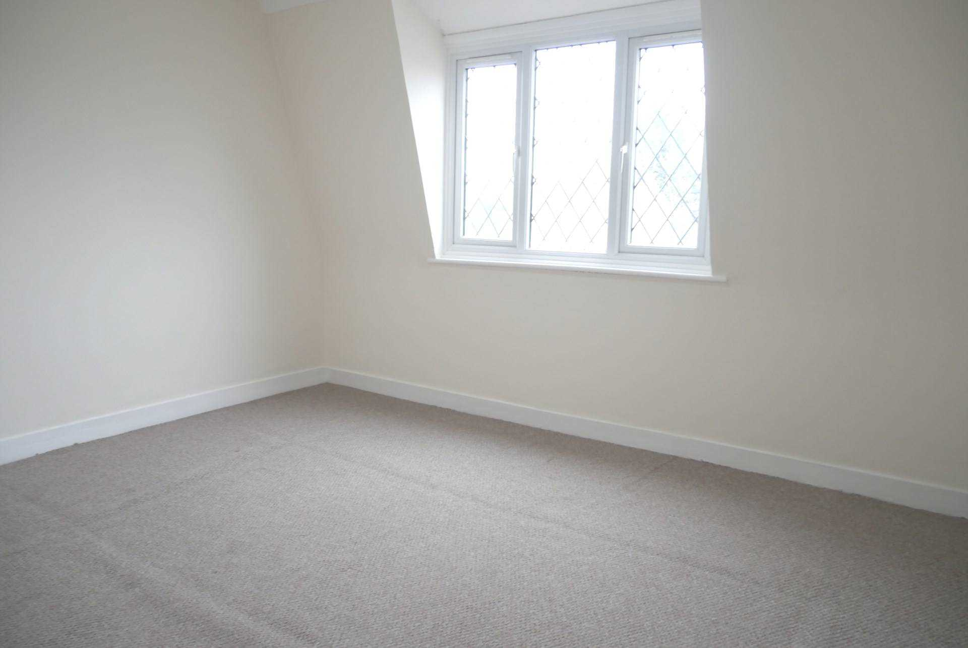 House To Rent In London L2L224-574