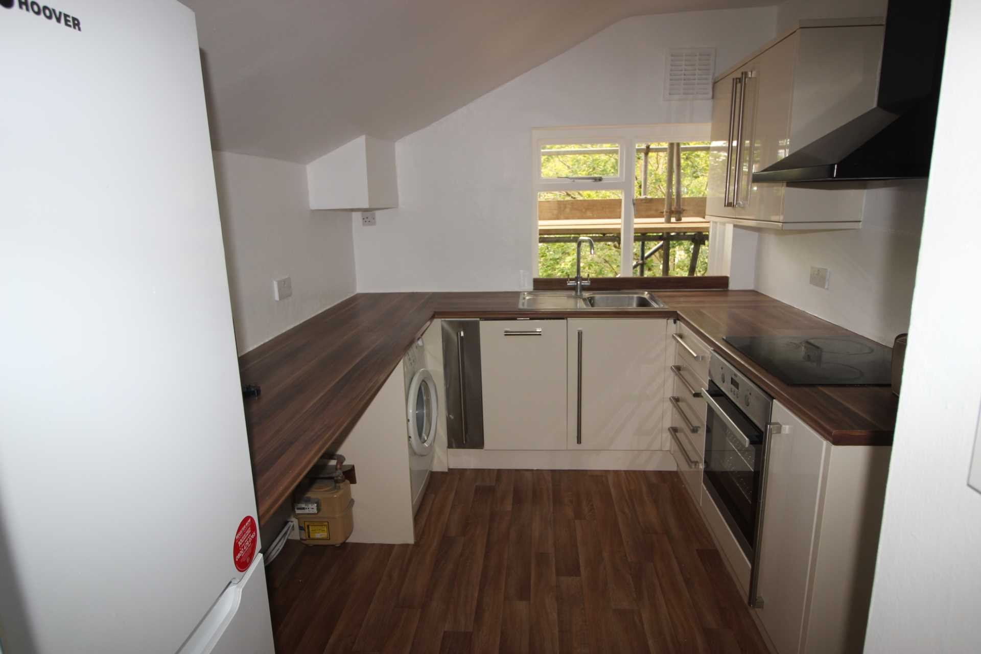 Flats And Apartments To Rent In London L2L224-638