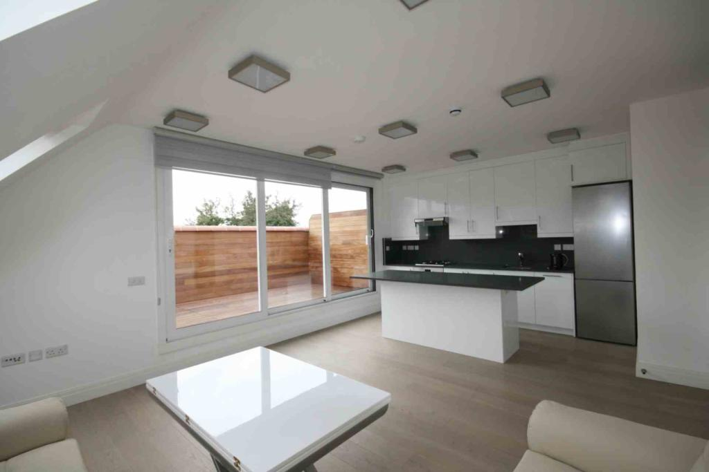 Flats And Apartments To Rent In London L2L2271-520