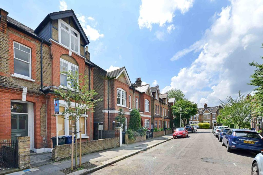 Property To Rent In London L2L2271-471
