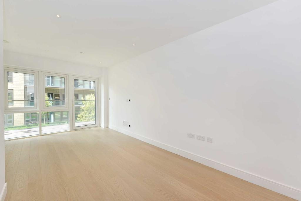 Property To Rent In London L2L2271-454