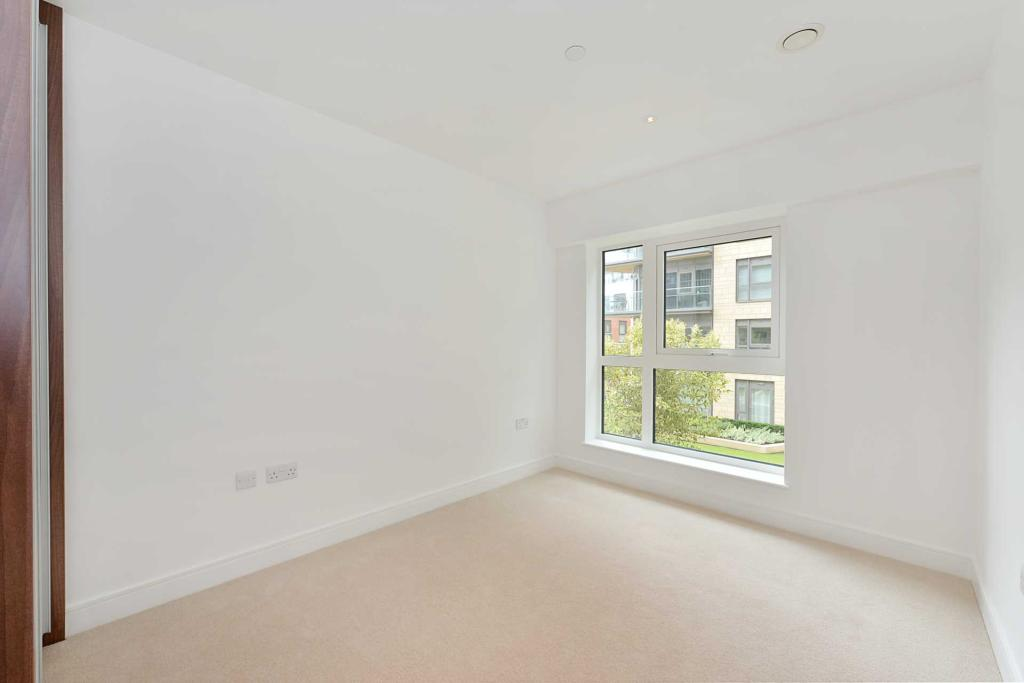 Rent In South Ealing L2L2271-454