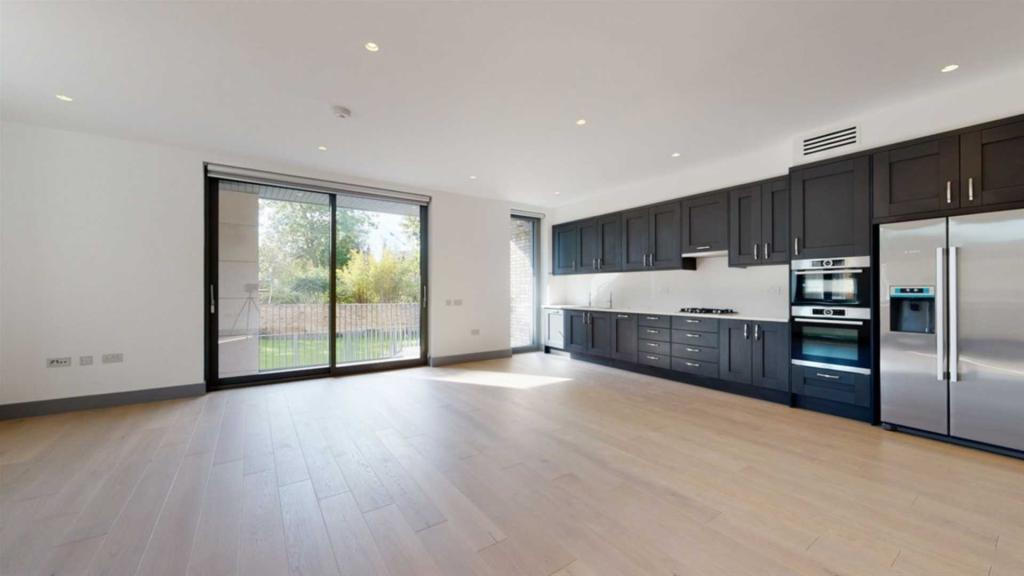 Property To Rent In London L2L2271-430