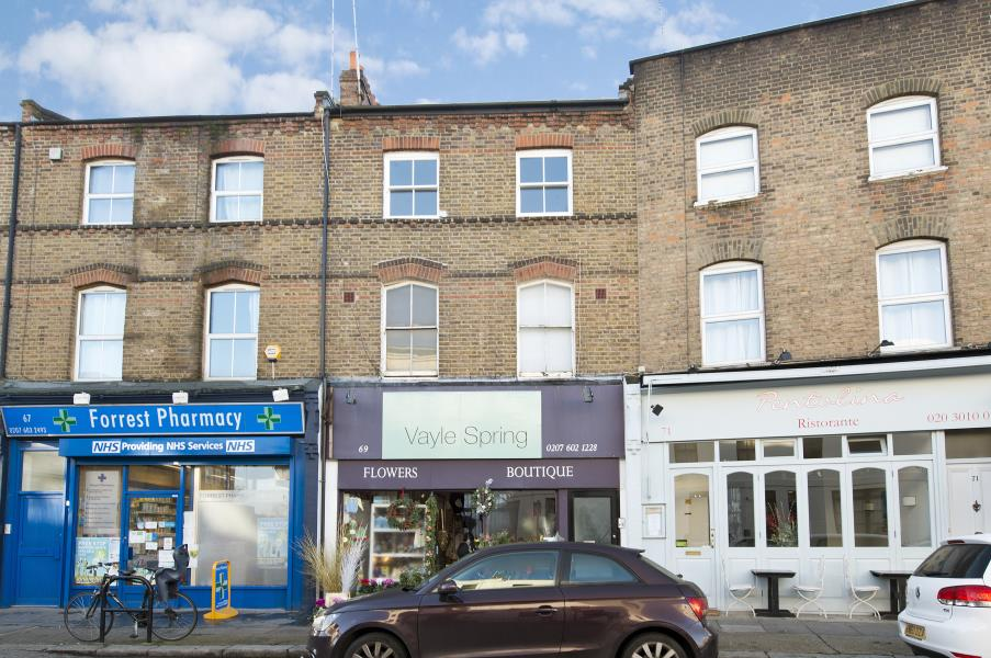 Property To Rent In London L2L238-592