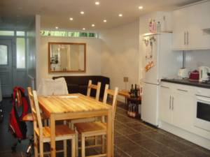 Property To Rent In London L2L245-140