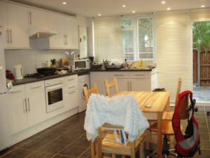 Flats And Apartments To Rent In London L2L245-140
