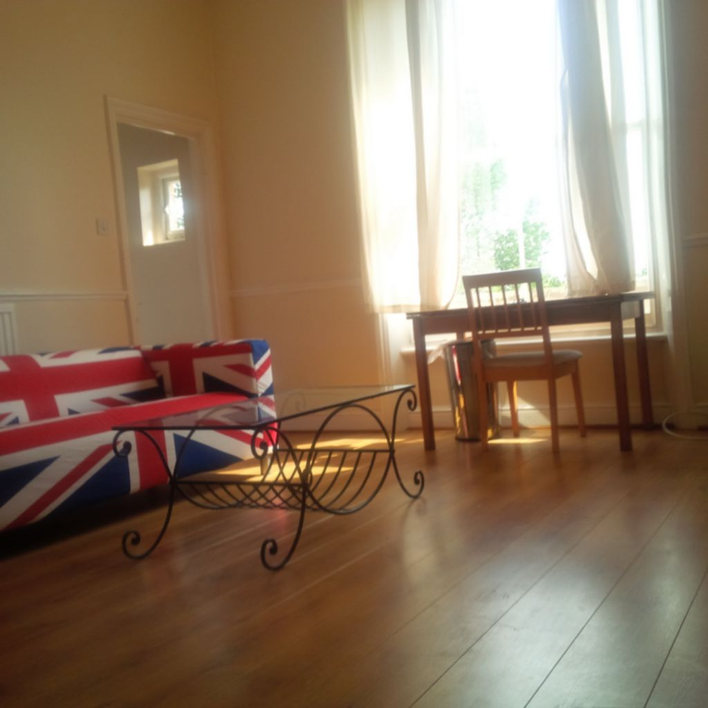 Property To Rent In London L2L245-302