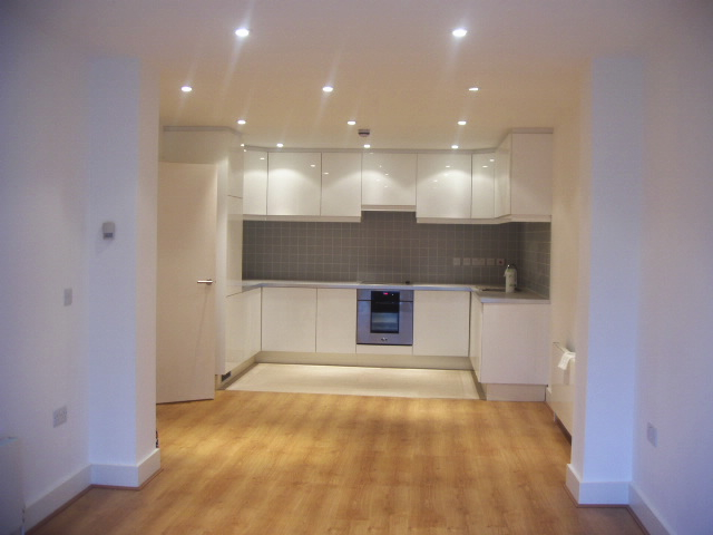 Flats And Apartments To Rent In London L2L245-142