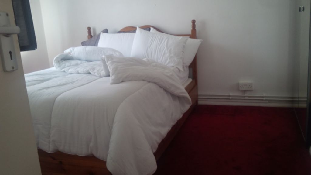 Flats And Apartments To Rent In Willesden Green L2L245-149