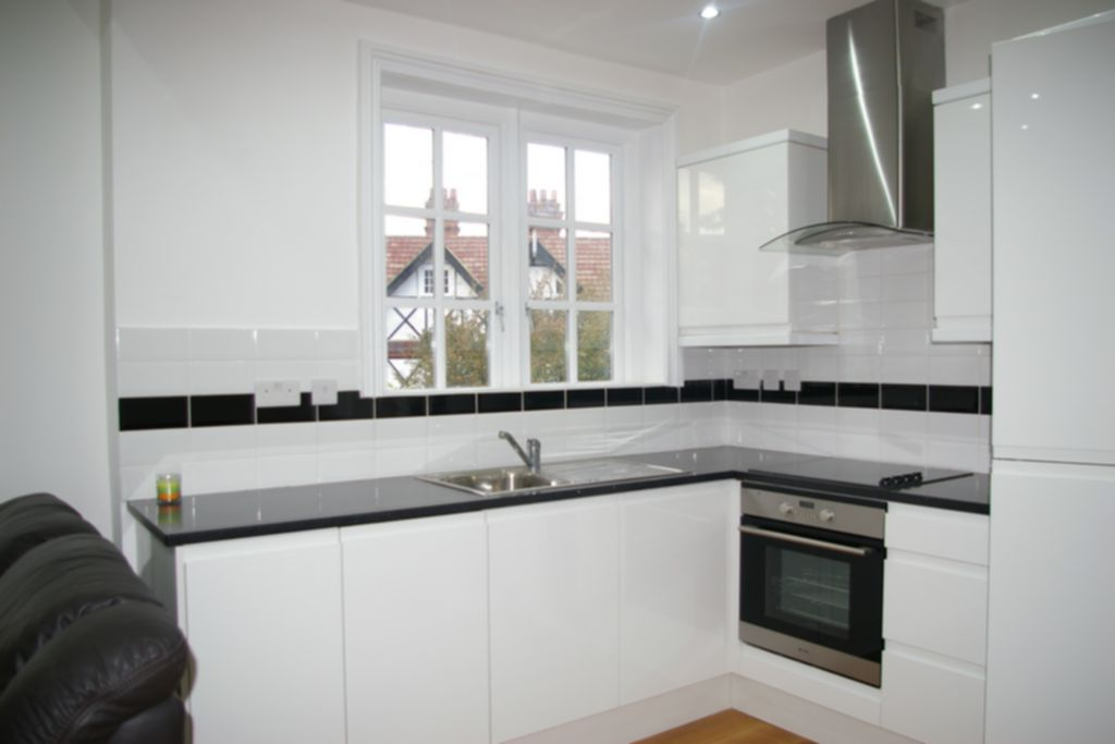 Property To Rent In London L2L245-100