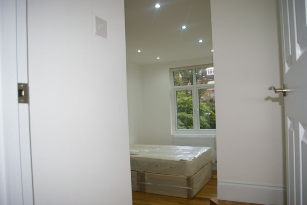 Flats And Apartments To Rent In Willesden Green L2L245-100