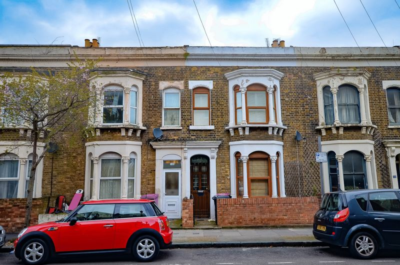 Property & Flats to rent with Homefinders - Hackney L2L2465-763