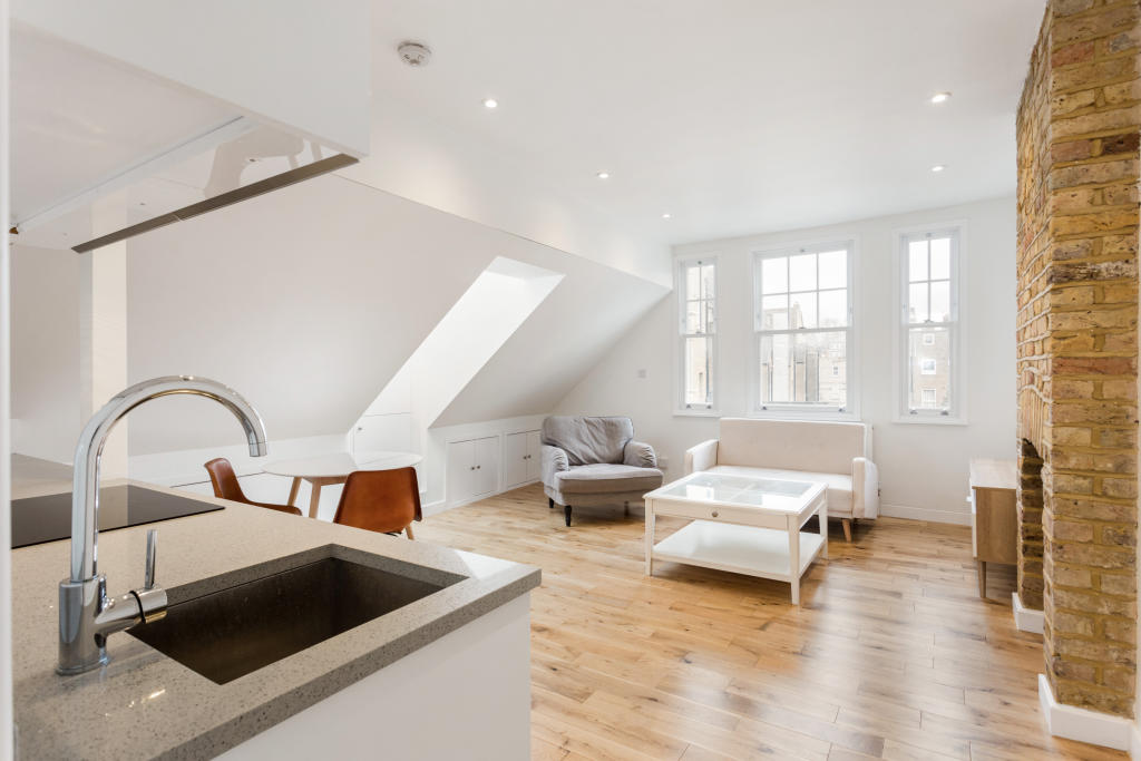 Flats And Apartments To Rent In London L2L2535-100