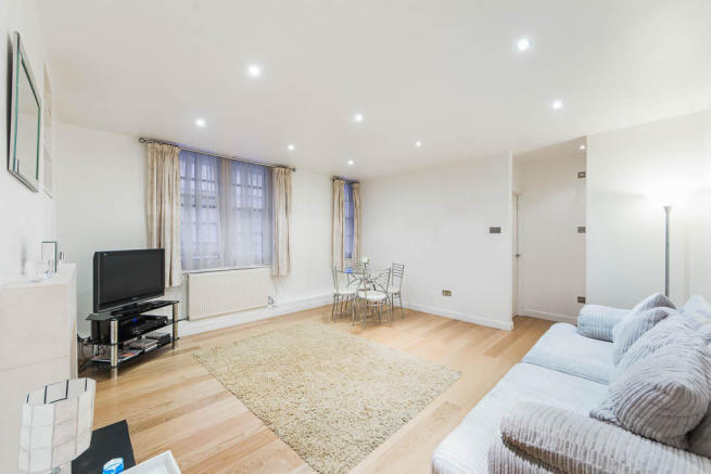 Property To Rent In London L2L2535-596