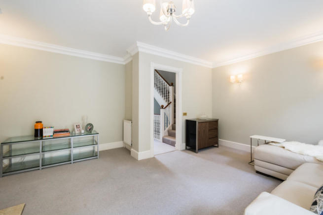 London Rental Property L2L2535-403