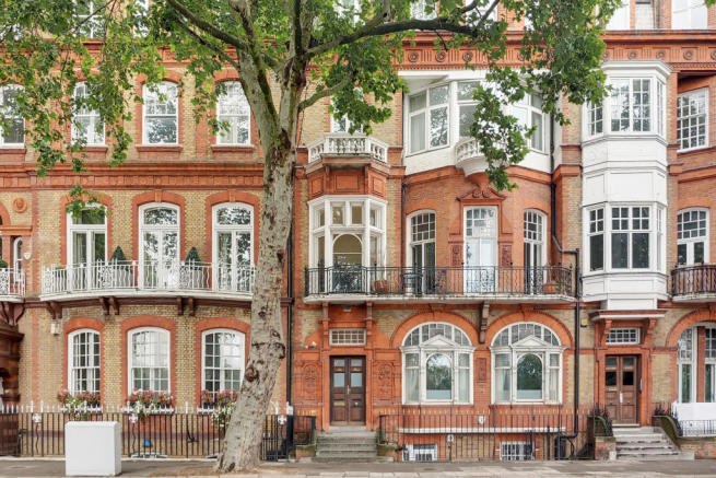 Property To Rent In London L2L2535-446