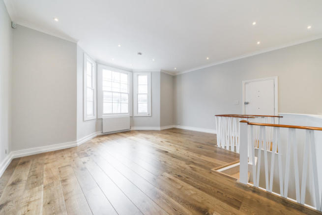 Property To Rent In London L2L2535-582