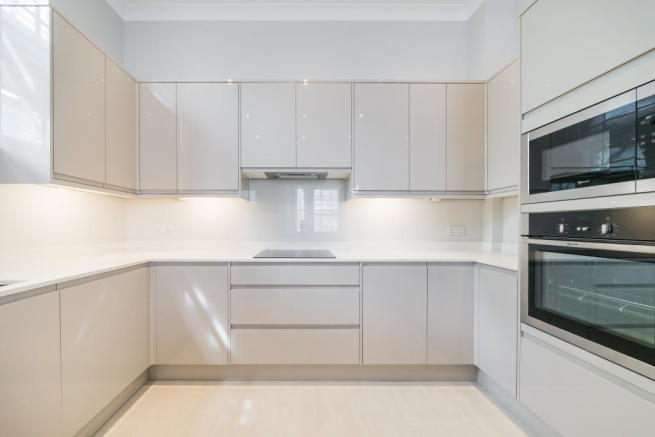 Flats And Apartments To Rent In London L2L2535-582