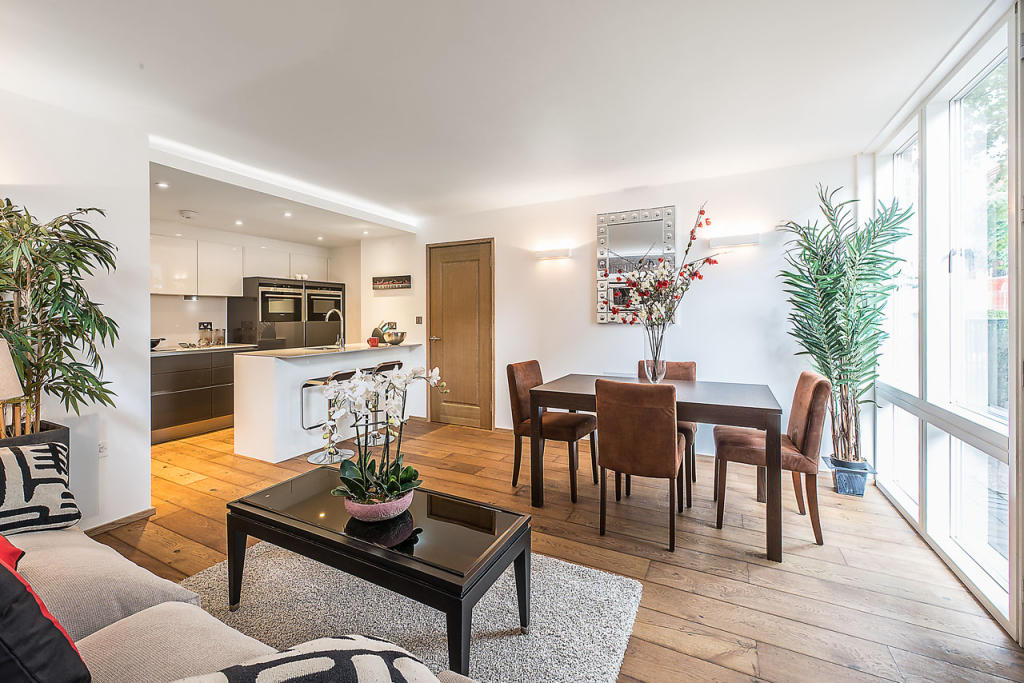 Property To Rent In London L2L2535-549