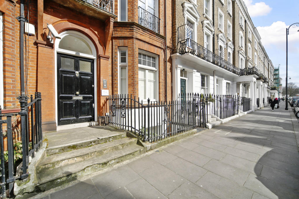 Flats And Apartments To Rent In London L2L2535-548