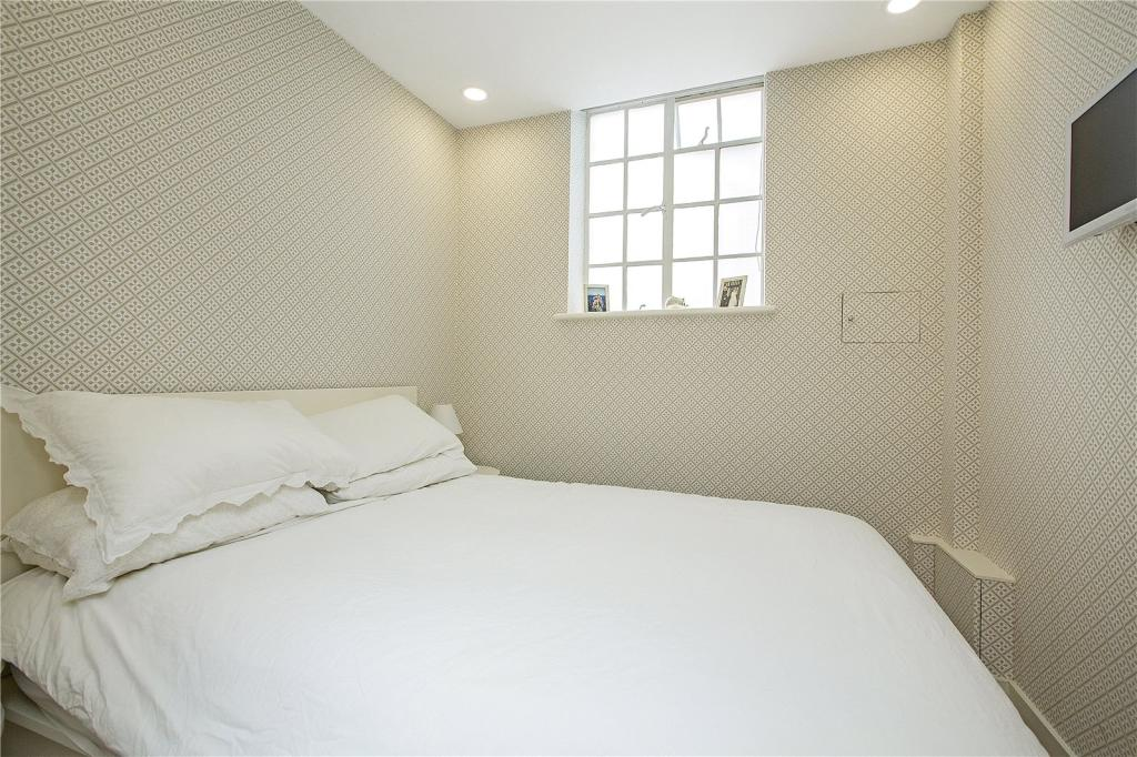 Flats And Apartments To Rent In Chelsea L2L2535-598