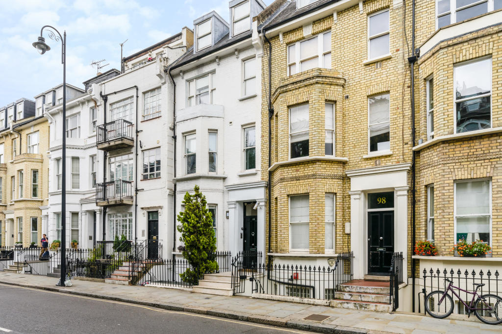 Property To Rent In London L2L2535-402