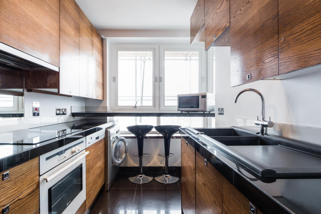 Flats And Apartments To Rent In London L2L2535-506