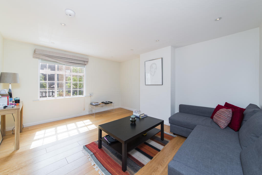 Property To Rent In London L2L2535-1466