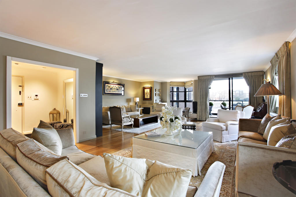 Property To Rent In London L2L2539-100