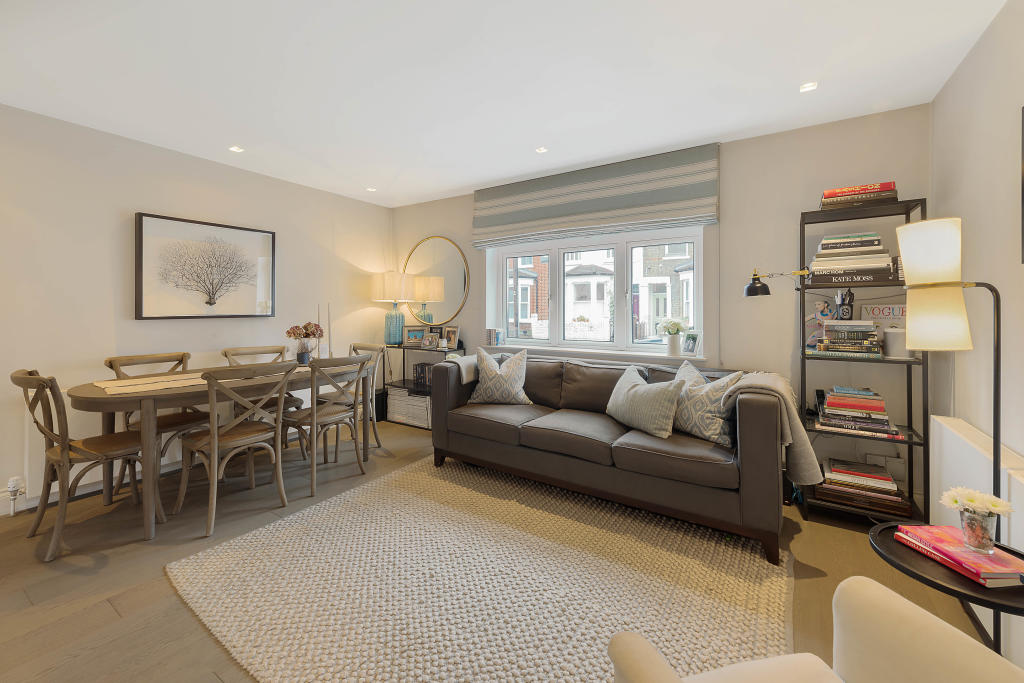 Flats And Apartments To Rent In London L2L2539-100