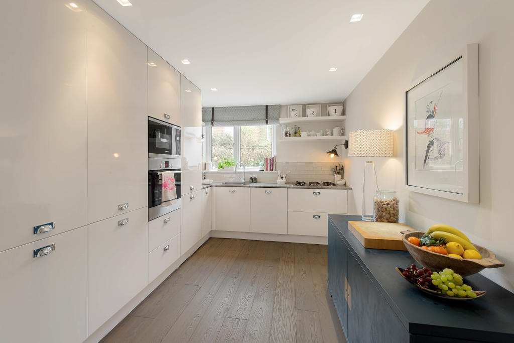 Flats And Apartments To Rent In Battersea L2L2539-100