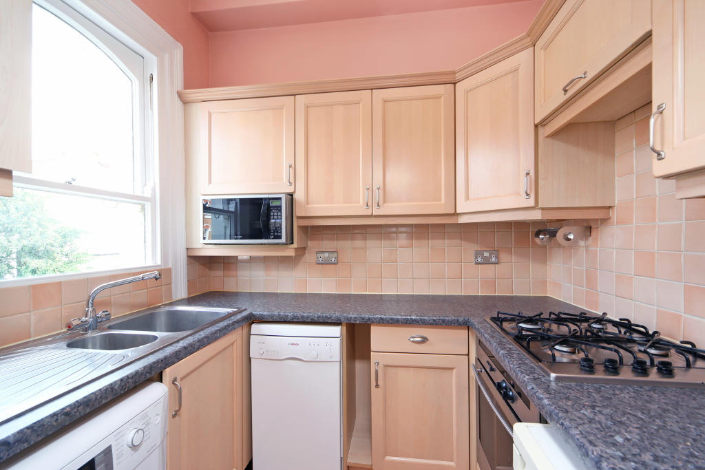 Flats And Apartments To Rent In Clapham L2L2539-2611