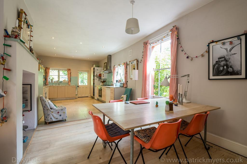 House To Rent In West Norwood L2L26-717